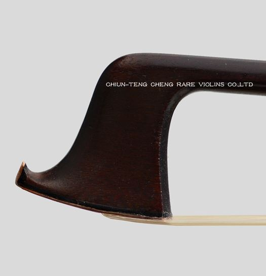 Tubbs, James 1890 Chased Gold-Mounted Violin Bow
