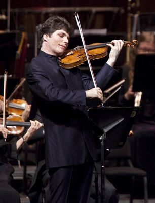 天才洋溢小提琴家 - Augustin Hadelich (photo by David Bazemore)